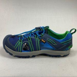 Teva Waterproof Hiking Shoes Boys Sz 4
